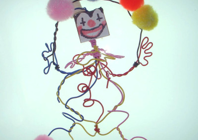 Wire juggler clown
